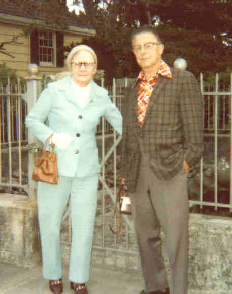 Great Grandma Helja and Grandpa Childs (1974)